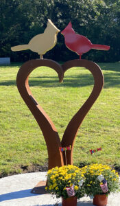 Lovebirds sculpture